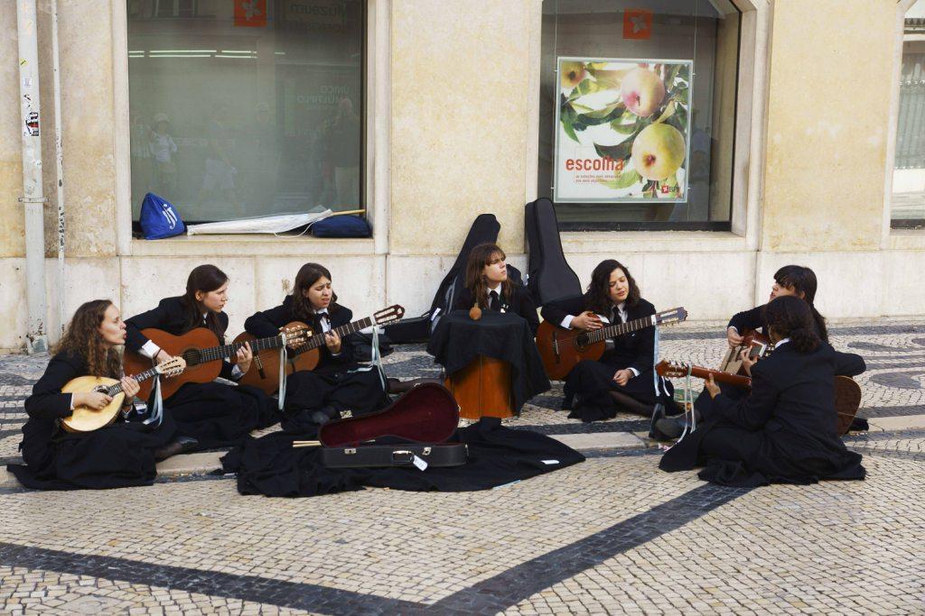 リスボンの女学生  ポルトガル